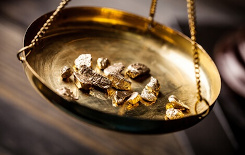 Investing in gold mines with ETFs